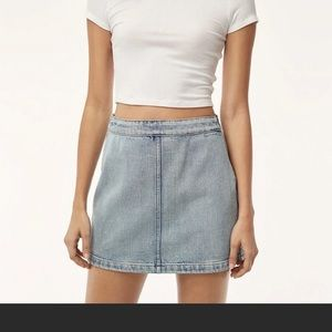 Wilfred free donyale denim  mini skirt xs